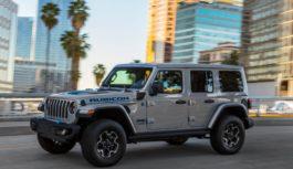 Il prezzo del nuovo Jeep Wrangler 4xe 2021: quanto costa il fuoristrada ibrido plug-in