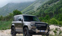 Land Rover Defender 90 P400 MHEV: prova su strada e in off-road
