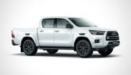Toyota Hilux GR Sport: pick-up con estetica rivista ma stesso motore